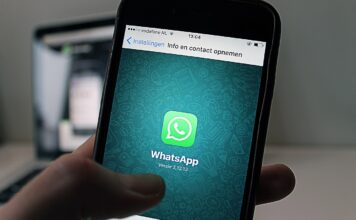 WhatsApp expiring media feature