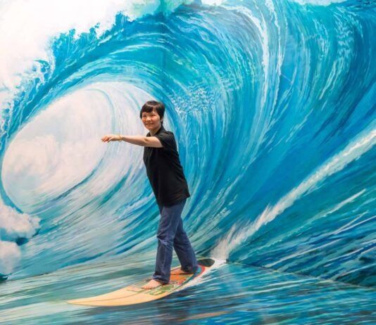 best places for surfing is Thailand